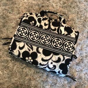 Beautiful Vera Bradley travel toiletries bag